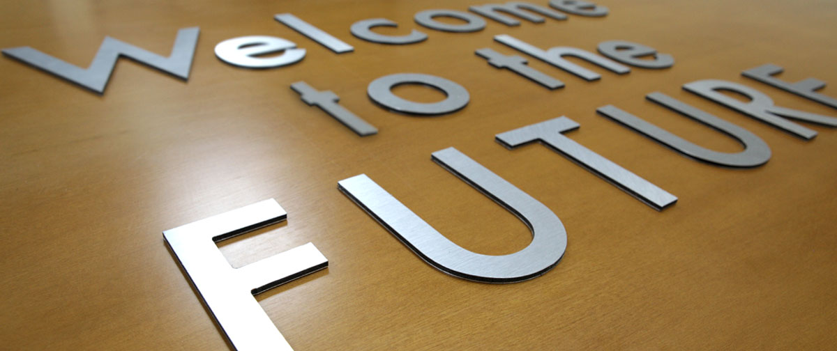 Letras corpóreas impresas en dibond cepillado - gran formato - Truyol Digital